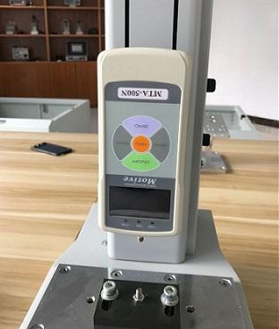 推拉力计力度测量的基本操作